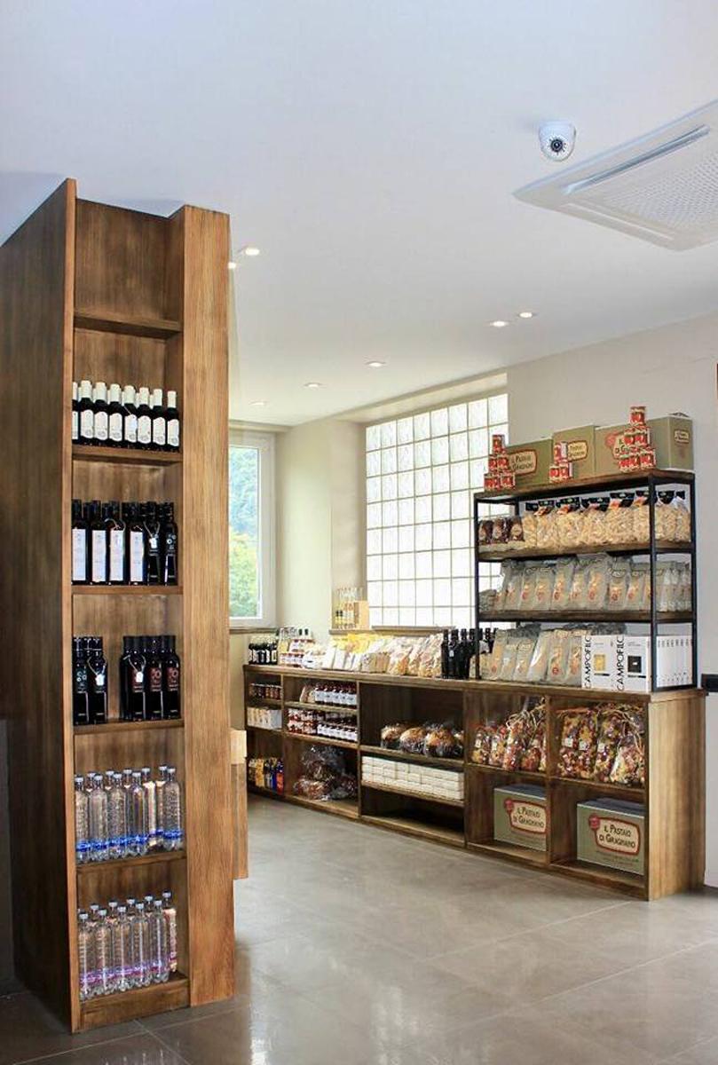 Mida - Il negozio Arcioli Vini - Verbania